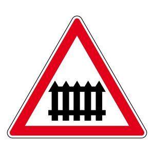 panneau-passage-niveau-barriere